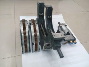 Disassembly of Crankshaft Grinding Machine